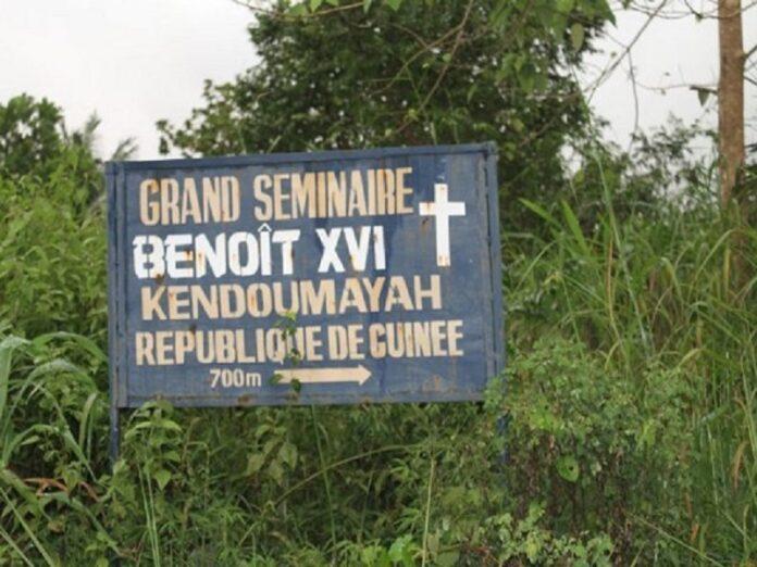 Iglesia expropiaciones Guinea-Conakry
