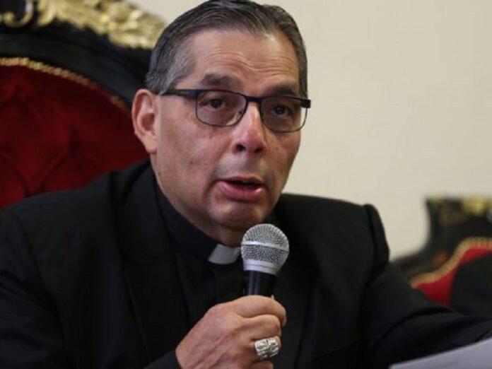 Arzobispo Quito Código Salud