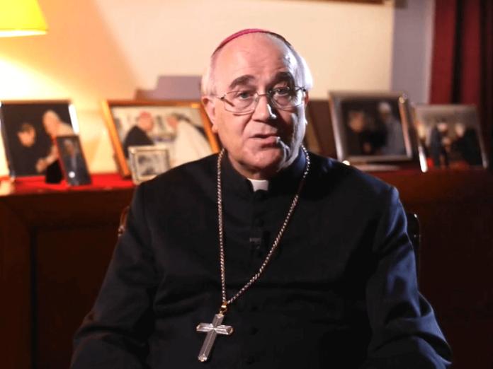 Obispo Almería Cruz del Valle