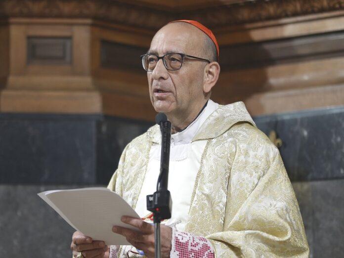 El cardenal Omella defiende el «cheque escolar»