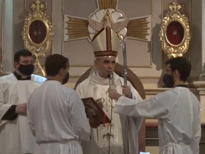 Obispo Jofré pide mantener fija la mirada en Dios