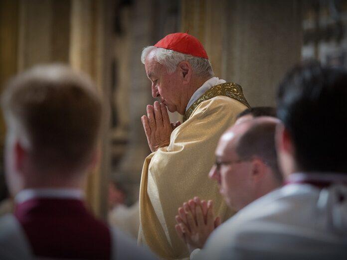Obispos de Inglaterra y Gales culto público