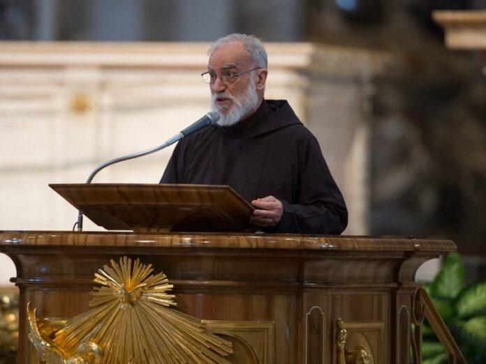 Cantalamessa El cardenalato debe ser el final de un servicio
