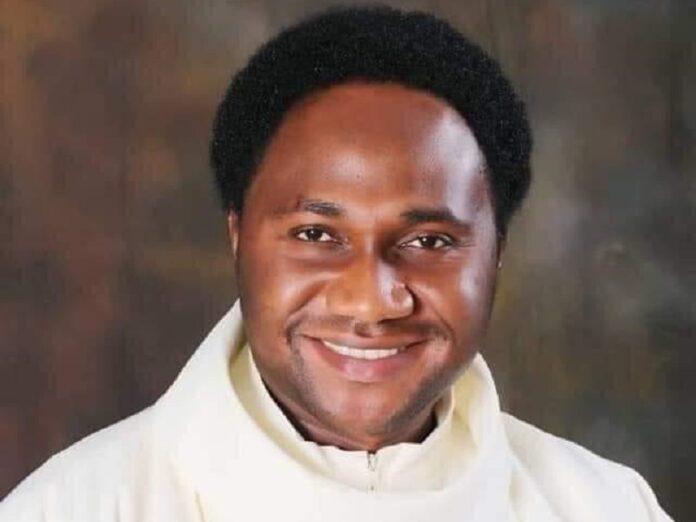 Liberan a sacerdote en Nigeria