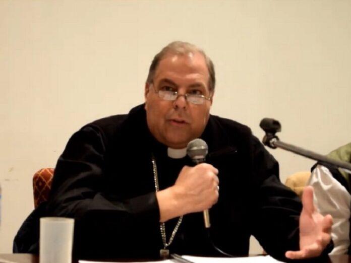 Obispo Bochatey Hay responsabilidad en el acto sexual