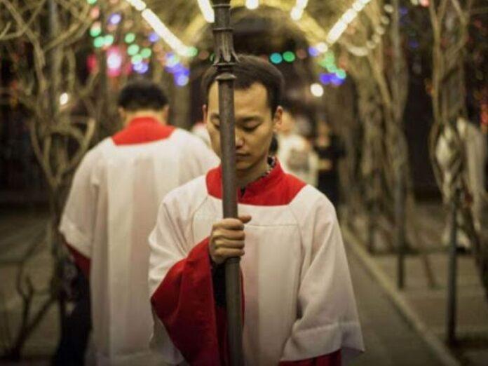 China adoctrinamiento comunista para católicos