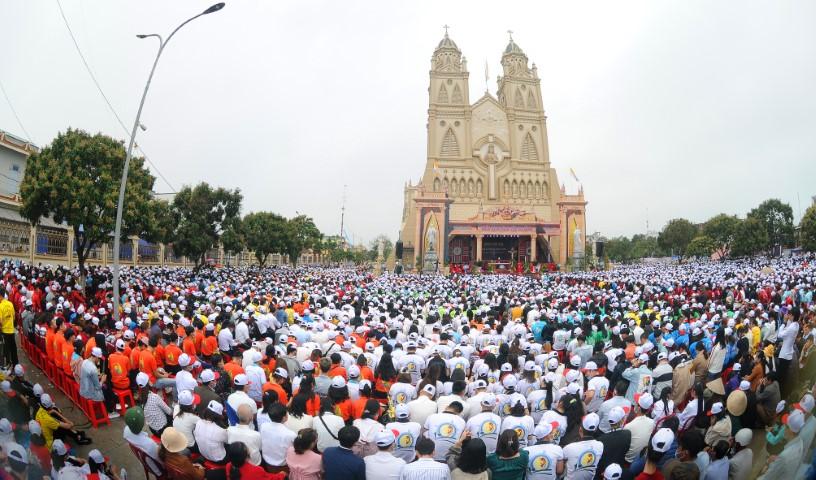 Diócesis de Vietnam reúne a 14.000