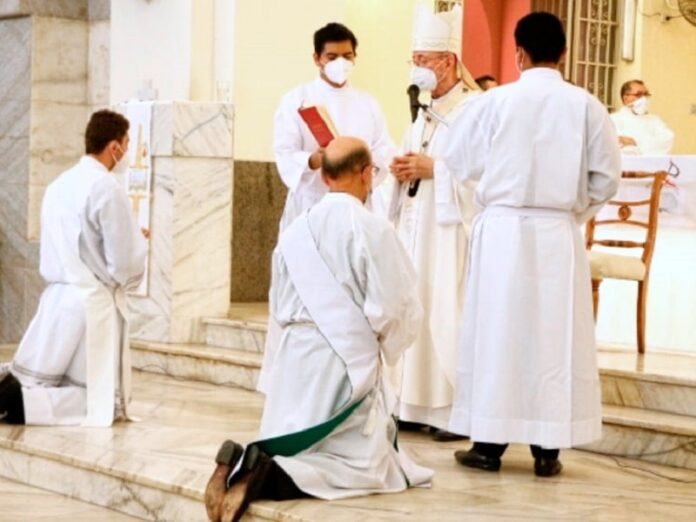 Arzobispo Stanovnik urge a nuevos sacerdotes