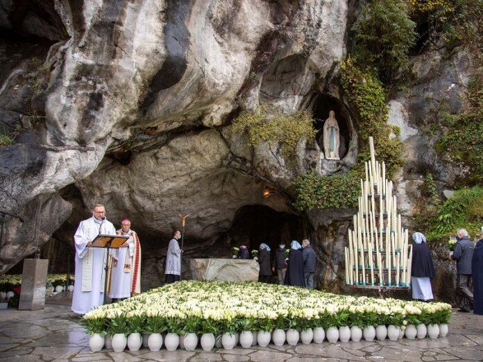 Lourdes es elevado a Santuario Nacional