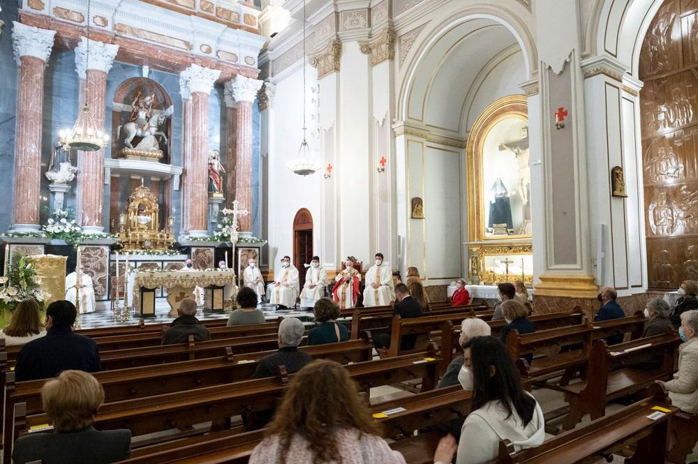 Cardenal Cañizares bendice nueva