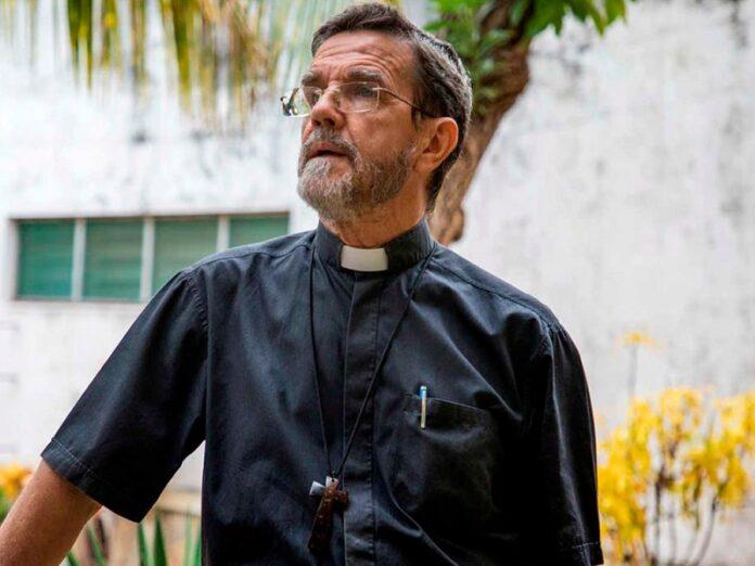 Obispo revela que recibió «amenazas