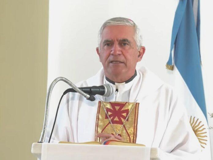 Obispo Uriona «Pidamos a Dios