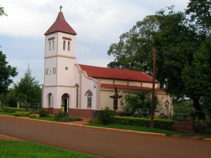 Profanan sagrario y templo en Misiones