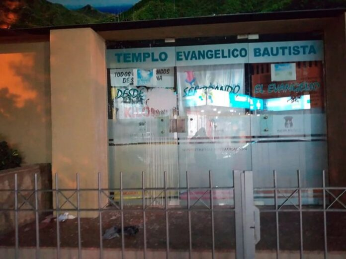 Vandalizan 2 templos evangélicos