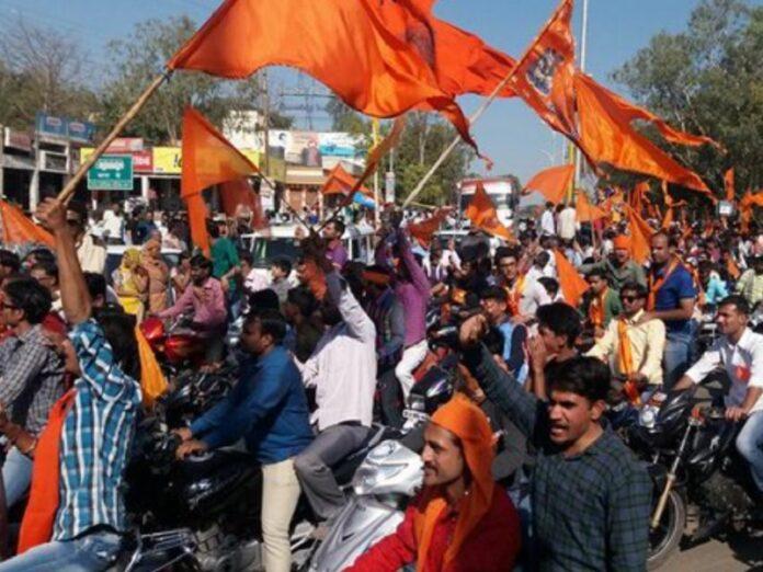 Hinduistas agreden y expulsan a 8