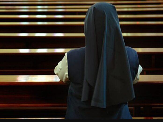 Irán expulsa a religiosa italiana