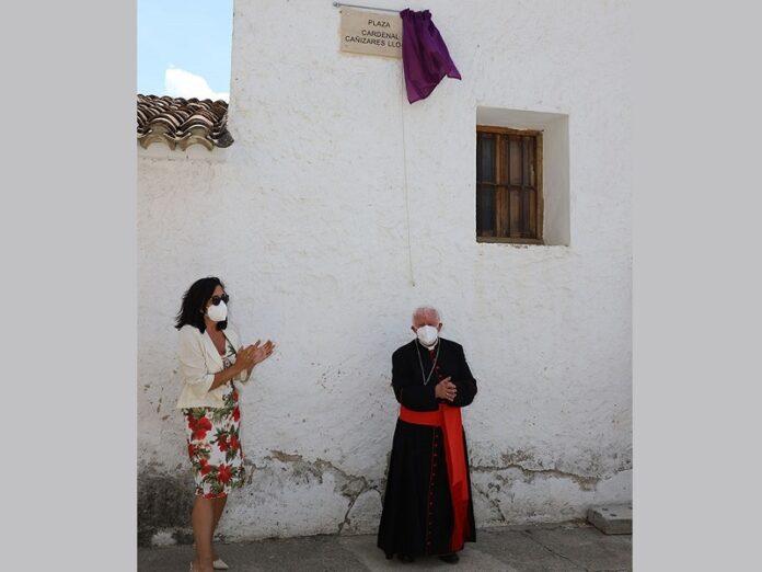 Inauguran plaza en honor al cardenal Cañizares