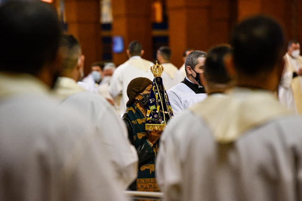 Cardenal Tempesta preside tradicional