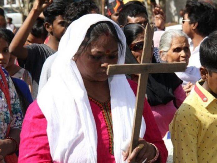 Autoridades de India continúan intimidaciones