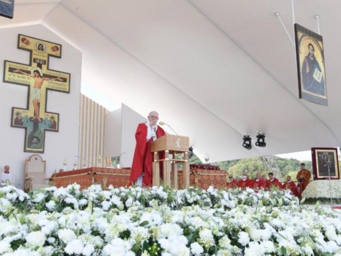 Francisco: «¡Cuántas personas generosas