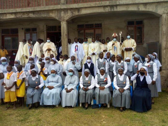 Obispo de Uganda destaca compromiso